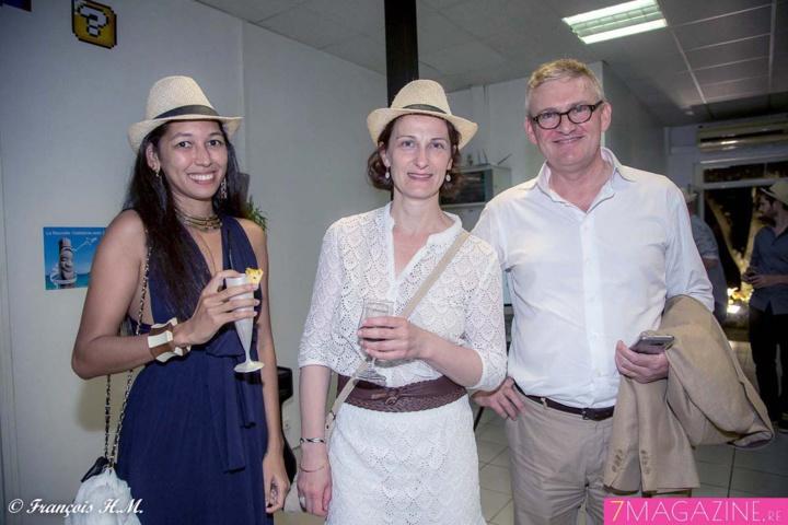 Myriam Barcaville, directrice artistique Nautilus, Isabelle Razaire, et Thierry Massé, directeur Pôle presse du Quotidien