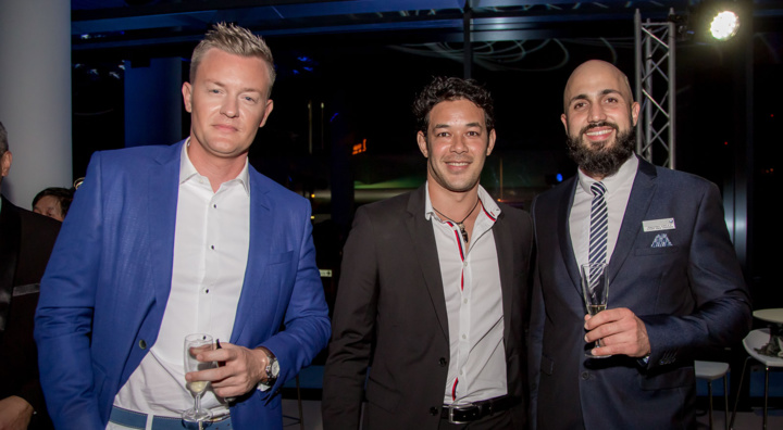Damien Vally (à droite), chef des ventes Leal Réunion, et des invités