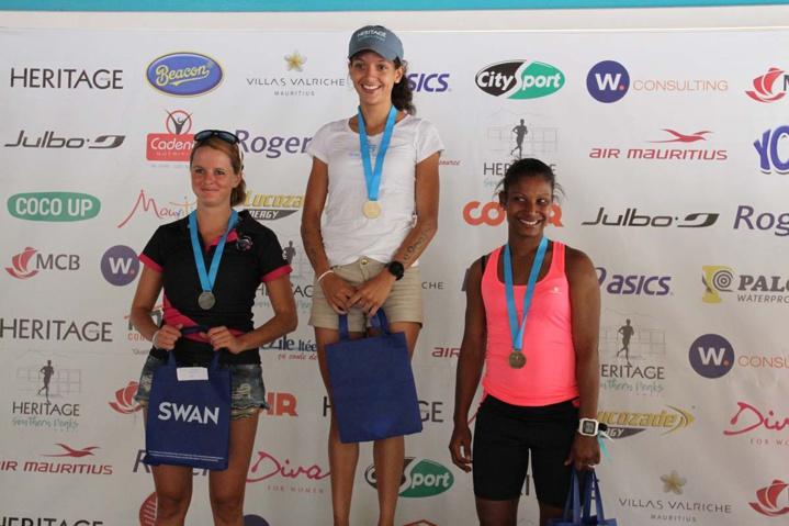 Marie Perrier, Candice De Falbair et Sabrina Rabot constituent le podium féminin des 21 km