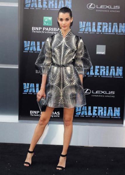 La tenue de Pauline Hoarau à l'avant-première de Valerian
