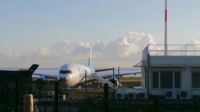 Arrivée du premier vol commercial French Blue à La Réunion