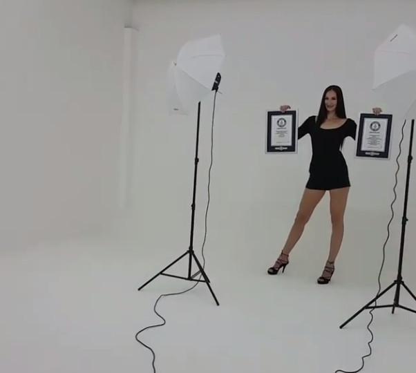 Elle a les plus longues jambes du monde