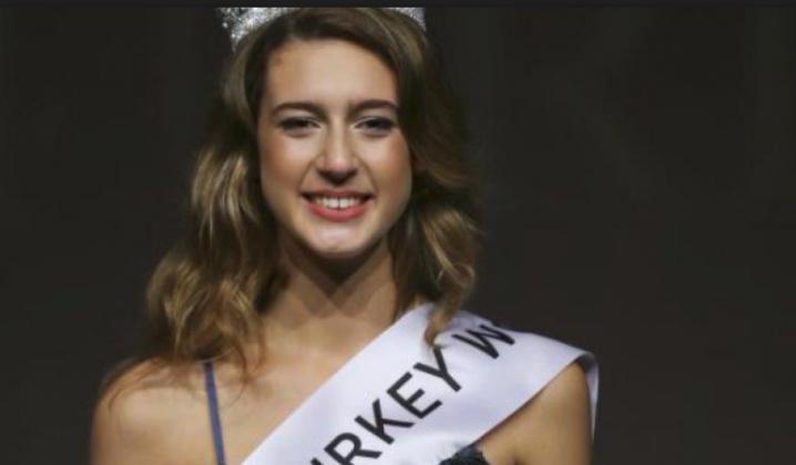 Miss Turquie déchue en 24 heures