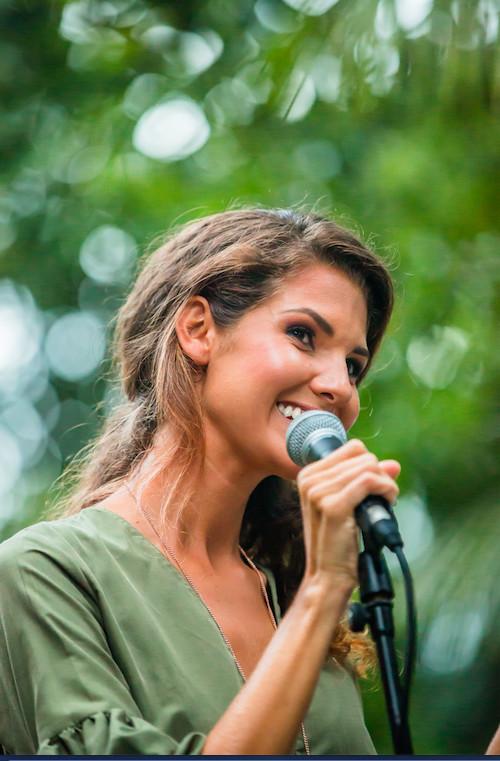 Et Marie Payet chanteuse