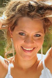 """Cette semaine la """"Fille des îles"""" est Emmanuelle Payet"""