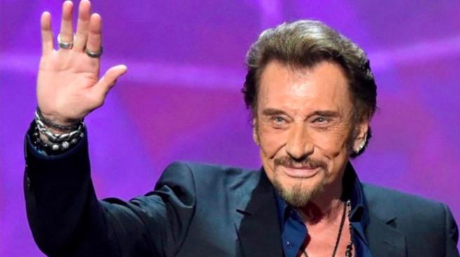 [VIDÉO] Des milliers de fans pour dire adieu à Johnny