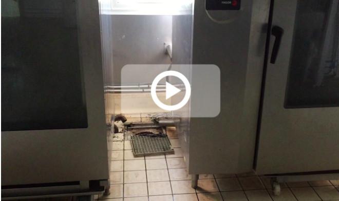 St-Benoît: Cancrelats, moisissures, climatisations sales... La cuisine centrale insalubre