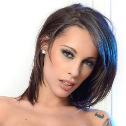 L'actrice porno en a marre de se faire harceler par des gamins de 12 ans !