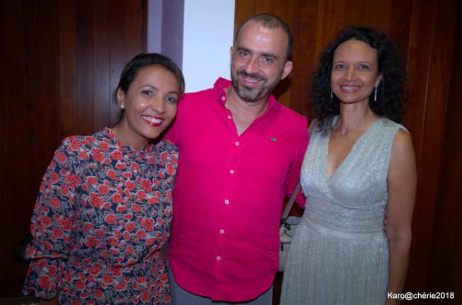 Marie-Alice Sinaman marraine de la soirée, Vincent Bellec professeur de musique et Nathalie Hibon Chargée de mission de France Alzheimer Réunion