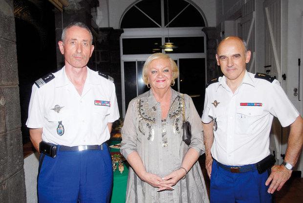 En l'honneur du général