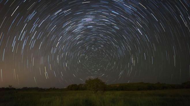 Une Réunionnaise de 11 ans remporte un prix pour sa photo de ciel nocturne