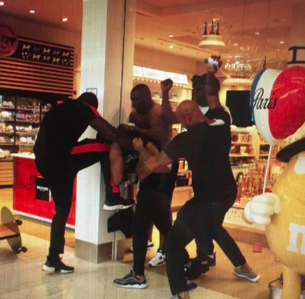 Bagarre Booba vs Kaaris : ce qui s'est passé...
