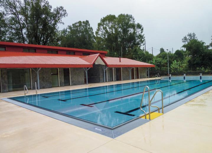Une piscine flambant neuve à Salazie