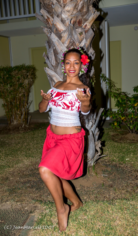 Les danseuses championnes tahitiennes vont mettre le feu à la Réunion !