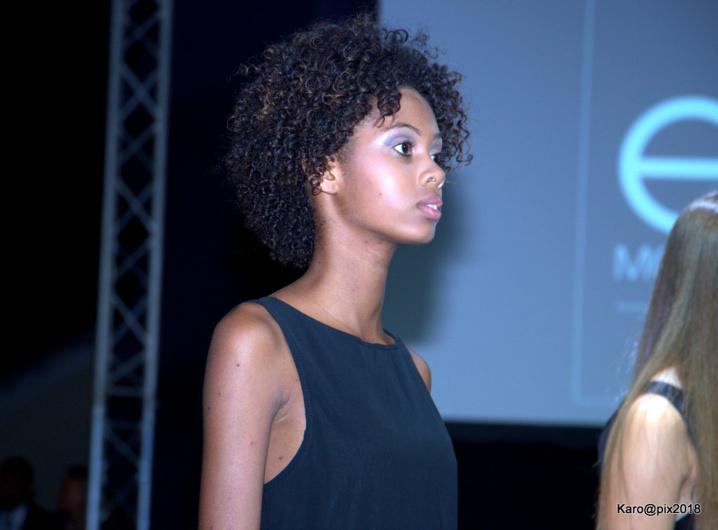 Camille remporte le concours Elite Model Look Reunion Island 2018
