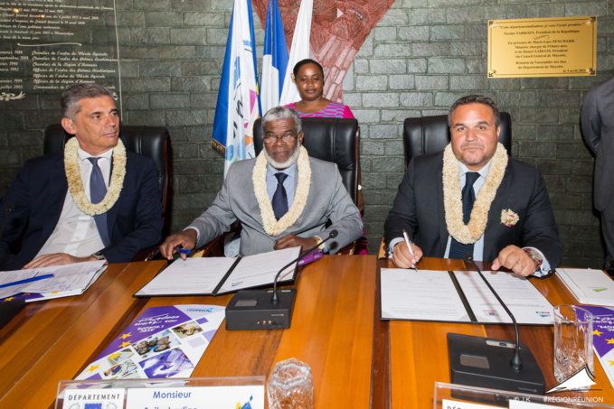 Signature de déclaration d'intention entre Mayotte et La Réunion
