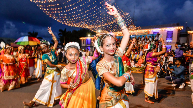 Dipavali: Retour en images sur ce show haut en couleurs