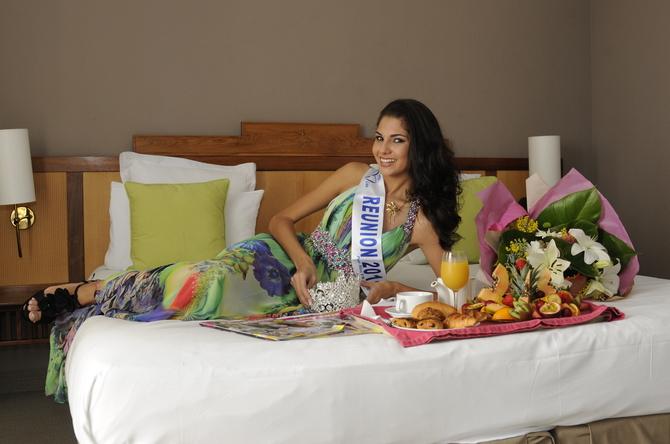 Le réveil de Miss Réunion 2011 Marie Payet resplendit…