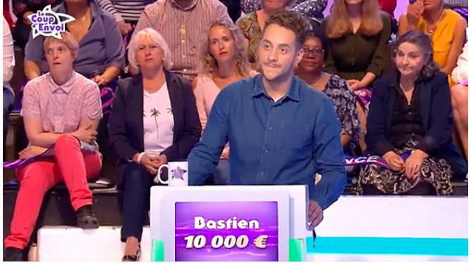 ▶️ Jean-Luc Reichmann rend hommage à Bastien Payet, le Réunionnais mort agressé à Reims