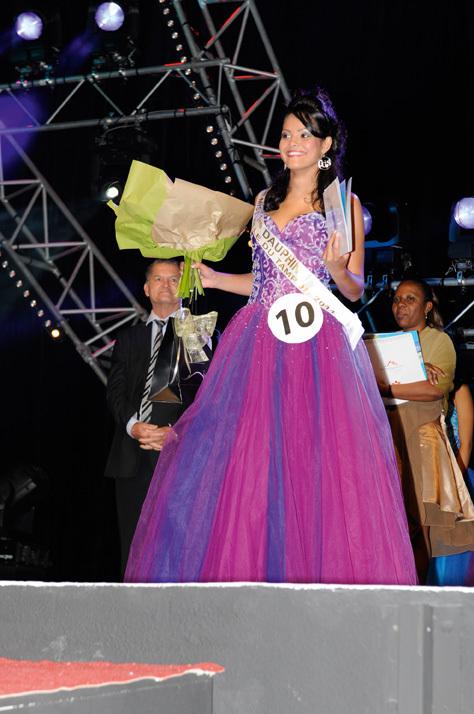 Miss Ville du Tampon 2011, Maeva Cazemage couronnée