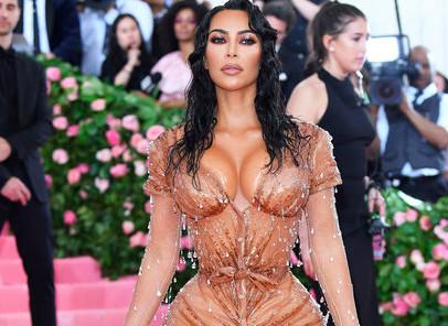 Kanye West critique une tenue de sa femme trop sexy