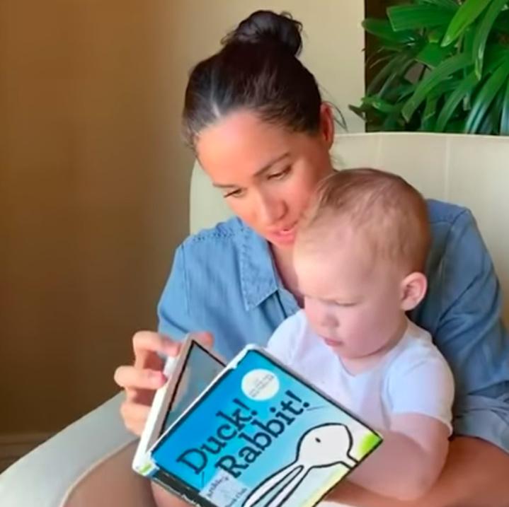L'adorable lecture de Meghan Markle à son petit Archie
