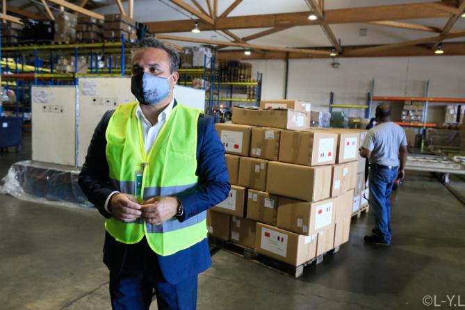 Réception de la première machine de production de masques pour La Réunion et réception de masques en provenance de Tianjin