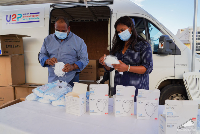 Retour en images : Remise des masques de protection aux entreprises de proximité