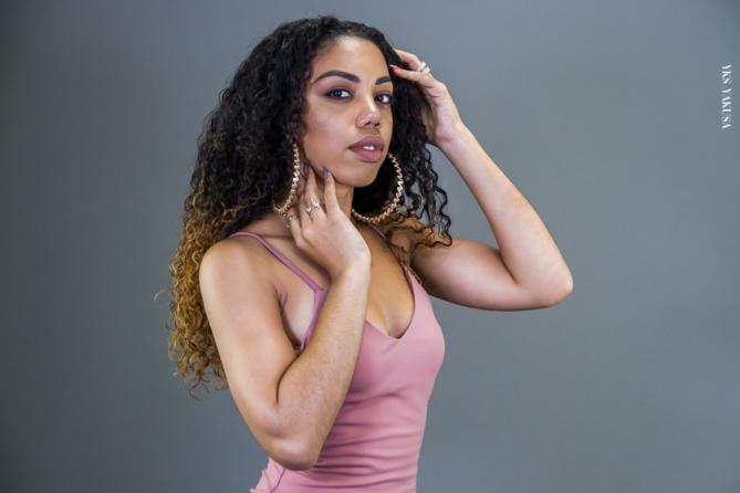 Ophélie : la make up artist qui pratique la photothérapie