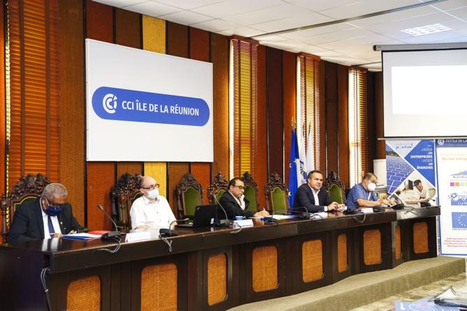 La Région et la CCI Réunion avec les commerçants de proximité