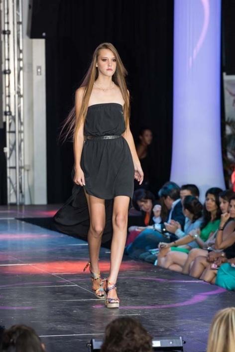 Les photos glamour des candidates Elite Model Look Réunion 2013