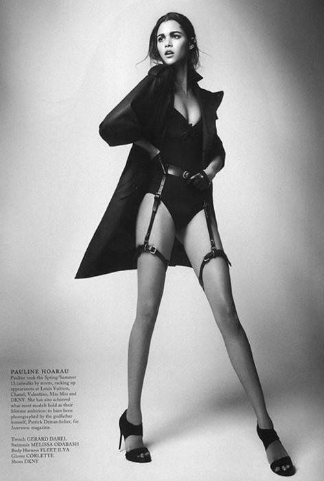 Elle pose pour le magazine Glass, très sexy