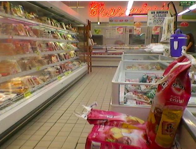Propos racistes à l'encontre d'une caissière: Carrefour porte plainte
