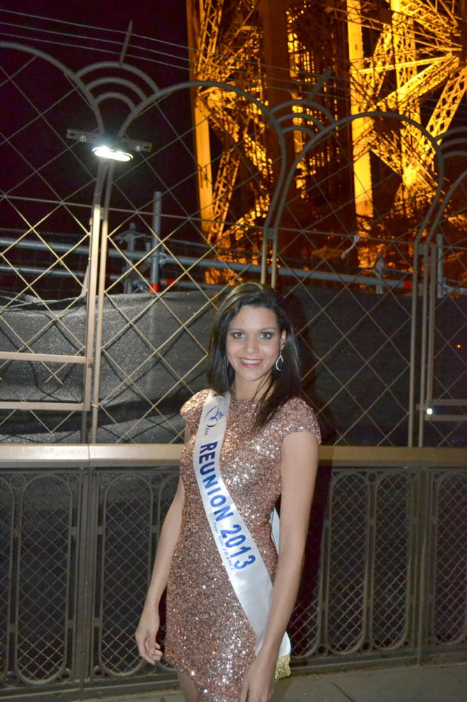 La vie en rose sous la Tour Eiffel