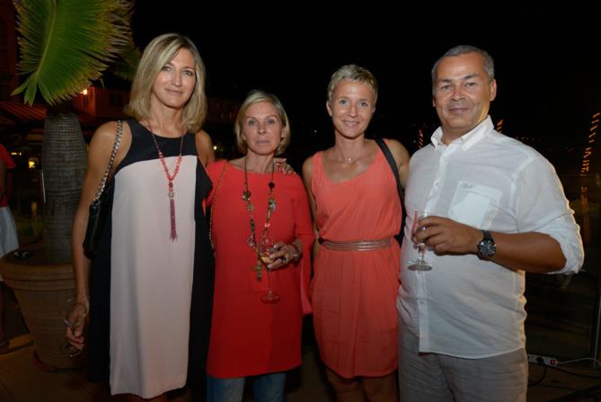 Virginie Turonnet, Christelle El-Bez,  Frédéric Chausson, directeur de PMU Océan Indien, et son épouse