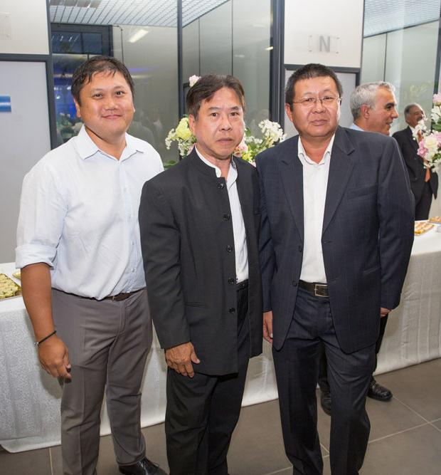 Bernard Ative, Frédéric Ah-Sing,  et Johny Thia Thong Fat
