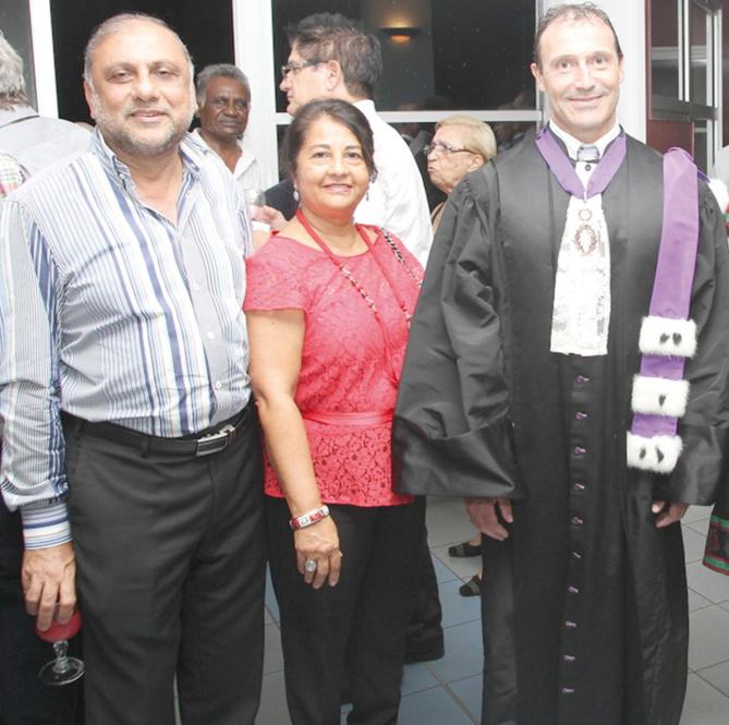 Osman et Rabia Badat, et Thierry Terret