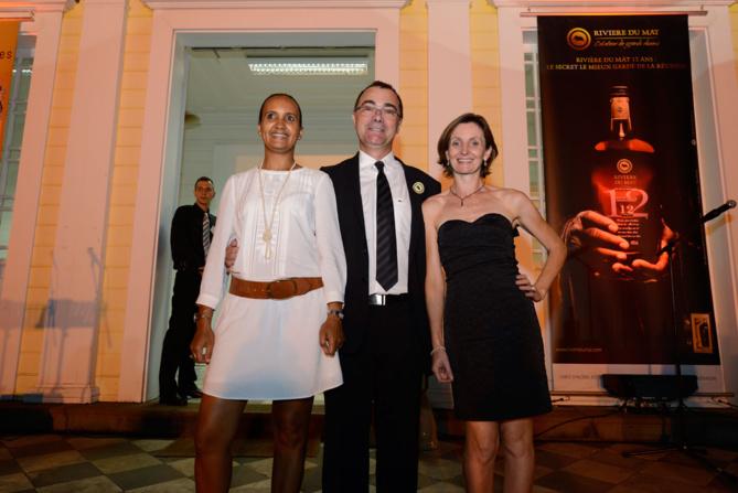 Frédéric Auché, son épouse Josette (à gauche sur la photo),  et Carine Criou, responsable entreprise BR