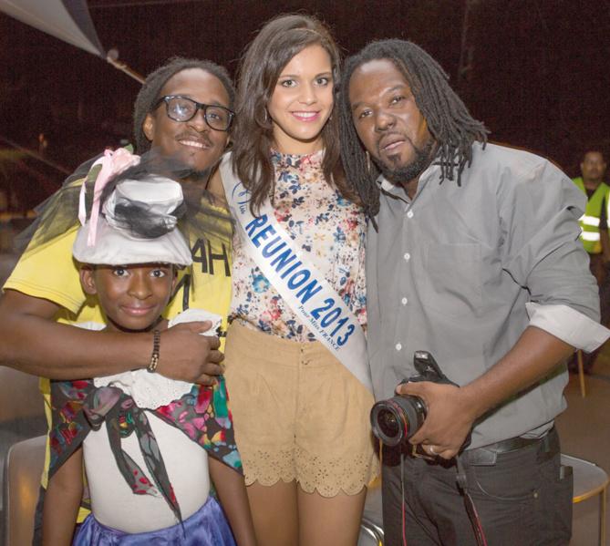Vanille M'Doihoma a été très  sollicitée pour les photos...