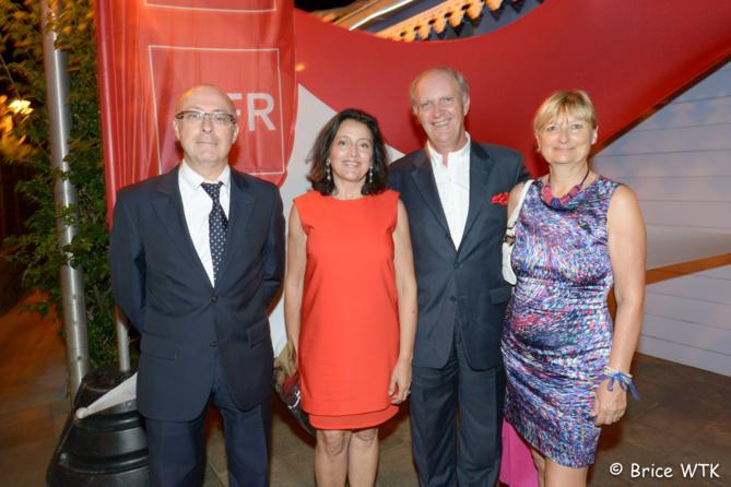 Christian Valette, directeur de la Caisse Régionale du Crédit Agricole, Elisabeth et Bertand Guillot, Carole Valette