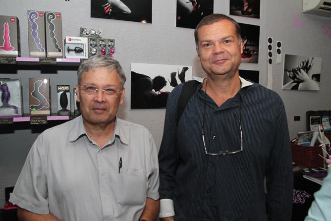 Thierry Payet, (à droite) et un ami