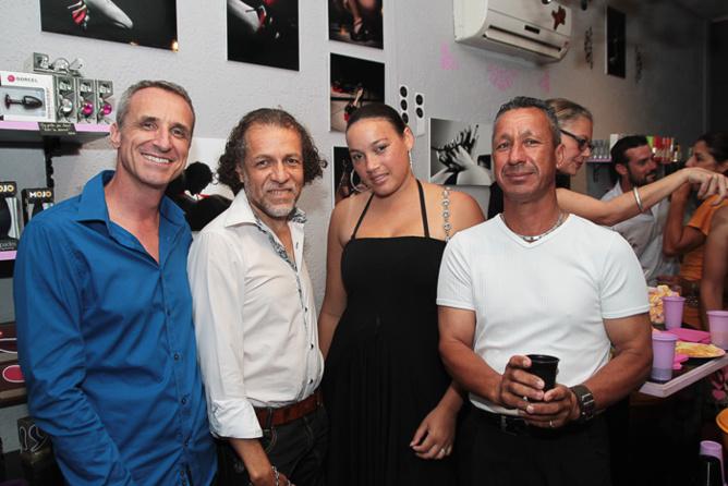 François Heurtebize, Jean-Luc M, coiffeur, son modèle Annie Flore, et un ami