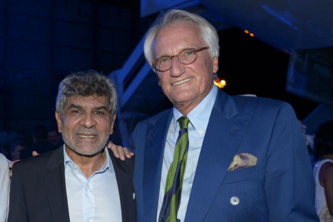 Adam Ravate et Jean-François Drotkowski, PDG de la société Investissement et Commerce Cinéma