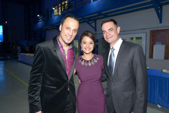 Meddy Gerville, Stéphanie Bégert, service communication Air Austral, et Fabrice Adam,responsable communication et partenariat à Air Austral
