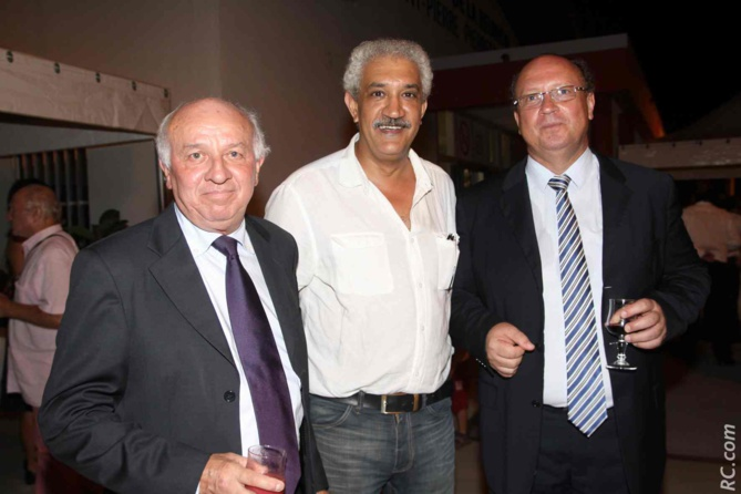 Jean-Paul Noël, Azzedine Bouali, président de la Fédération Réunionnaise de Tourisme , et Didier Prugnières