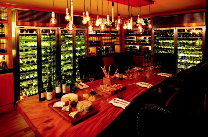 Une cave à vin exceptionnelle où les blancs ont la part belle