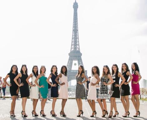Au Trocadéro face à la Tour Eiffel