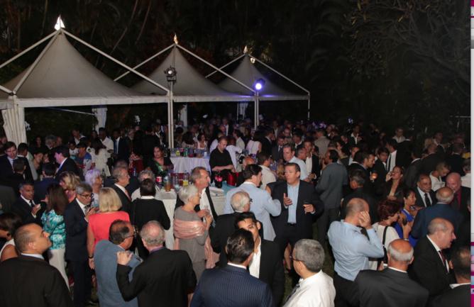 Plus de 900 personnes avaient été conviées dans les jardins de l'Hôtel de La BR