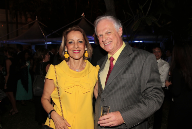 Françoise Cadet, pharmacien et Alain Tissier directeur de la Semir