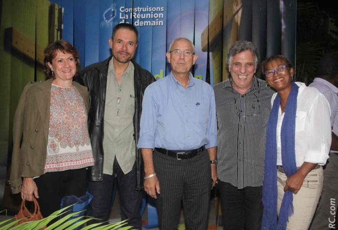 Christelle Hoarau, Didier Hoarau, secrétaire général adjoint du SGEN-CFDT, Jean-Claude Lacouture, Jacques Bougault, et Nelly Chambi-Belmina